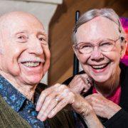 Gesund und glücklichauch im Alter mit eigenen Zähnen