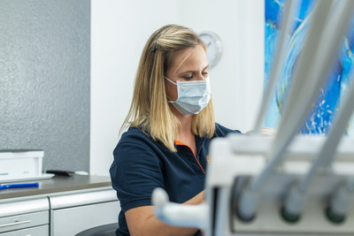 Neues Behandlungszimmer für Prophylaxe in der Zahnarztpraxis Andreas Hager, Burbach